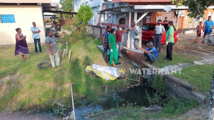 Man dood in goot aangetroffen te Nickerie