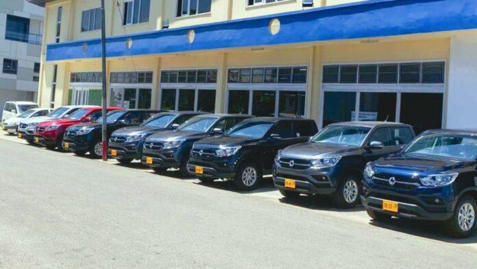 Rudisa Motors levert 28 nieuwe pick-ups aan overheid suriname
