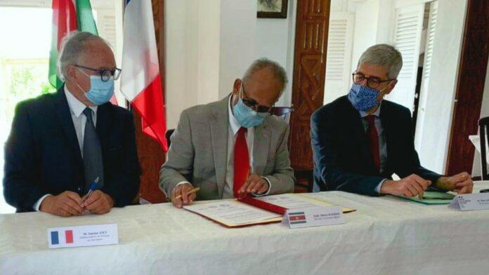 Suriname en Frans-Guyana versterken samenwerking