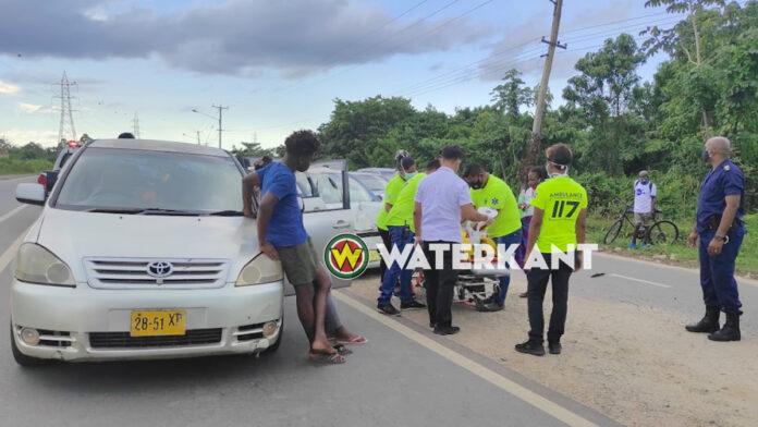 Dronken bestuurder veroorzaakt aanrijding tussen 3 auto's; 4 gewonden afgevoerd