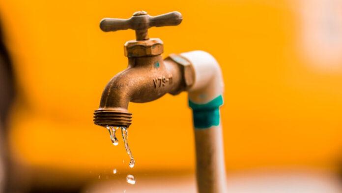 Lekkages hoofdbuizen veroorzaken verdere daling waterdruk
