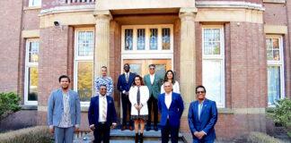 VHP Haaglanden en Diaspora Ondernemershuis bieden giften aan first lady