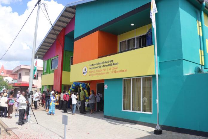 Nieuw gebouw BBGO geopend in Paramaribo