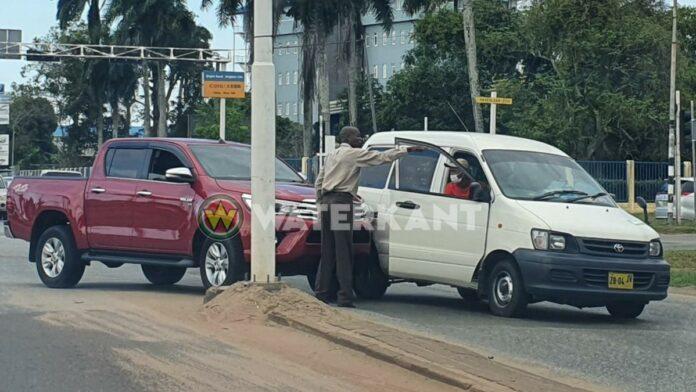 Bestuurder busje veroorzaakt aanrijding na 'boro' via verkeerde rijstrook