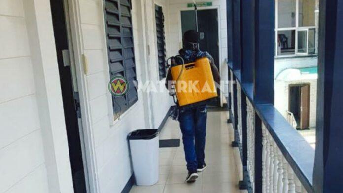 Hoofdkantoor Justitie en Politie ontsmet na coronabesmetting minister
