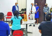 Minister Achaibersing erkent verbeteren werkomstandigheden douanekorps