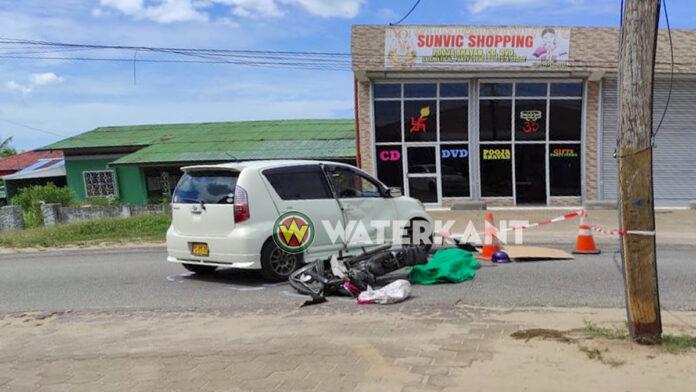 Bromfietser dood na aanrijding met auto