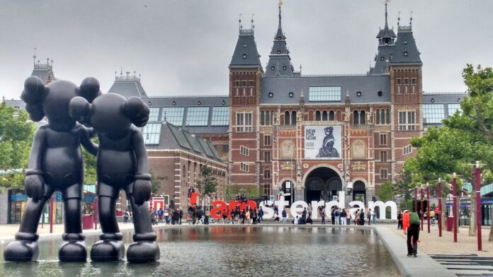 Nieuwe samenwerking tussen Amsterdam en Suriname