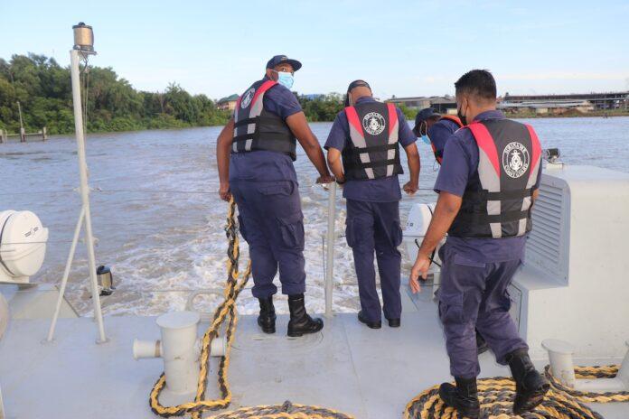 Vaartuig Kustwacht Suriname vaart na twee maanden weer