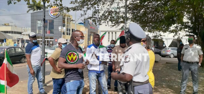 Bijna niemand bij nieuwe protestactie Siebrano Pique