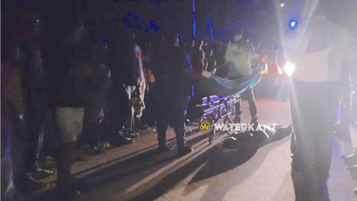 Verdachte neergeschoten door politie en geboeid naar ziekenhuis