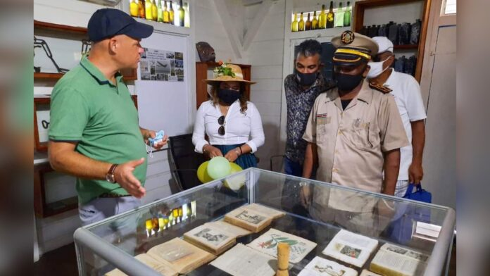 First lady opent museum op plantage Bakkie