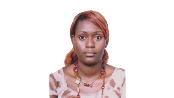 Politie zoekt 35-jarige vrouw vanwege diefstal middels geweldpleging