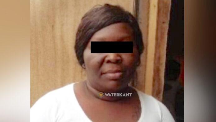 Vrouw licht woningzoekenden op voor grote geldbedragen