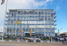 Politie Suriname heft acties op na gesprek met vp Brunswijk