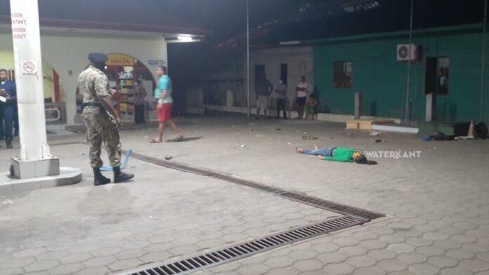 Dode en gewonde na ongeval bij service station