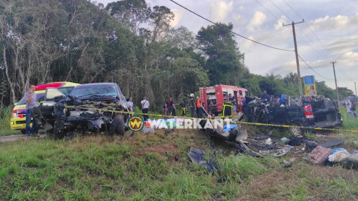 Militair en meisje onder de 5 doden zware aanrijding Afobakaweg
