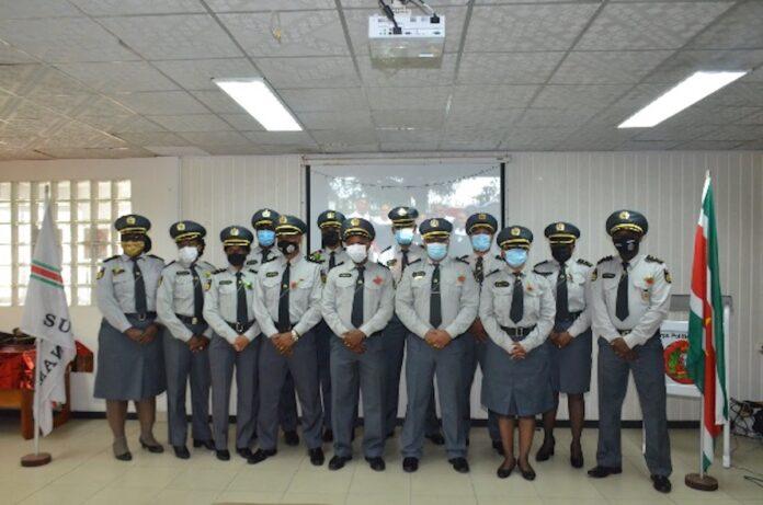 13 inspecteurs van politie der 1e klasse bevorderd tot hoofdinspecteur