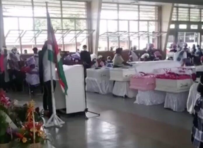 VIDEO: Uitvaart vijf slachtoffers aanrijding Afobakaweg