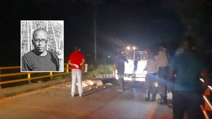 53-jarige overleden bromfietser vermoedelijk over de kop geslagen