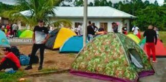 cubanen in suriname voor oversteek naar guyana bij southdrain in nickerie