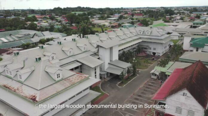 VIDEO: 's Lands Hospitaal waar meeste Surinamers zijn geboren