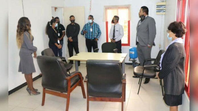 Dienstverlening Bureau voor Burgerzaken Saramacca-Leiding uitgebreid