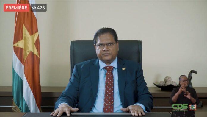 Eerste nieuwjaarstoespraak van president Santokhi