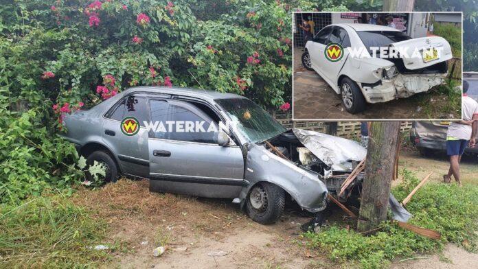 Flinke schade aan voertuigen na inhaalactie automobilist