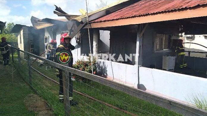 VIDEO: Woning in Nickerie door brand verwoest