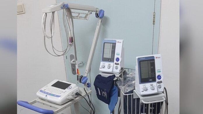 N.V. VSH FOODS doneert ECG en digitale bloeddrukmeters aan AZP