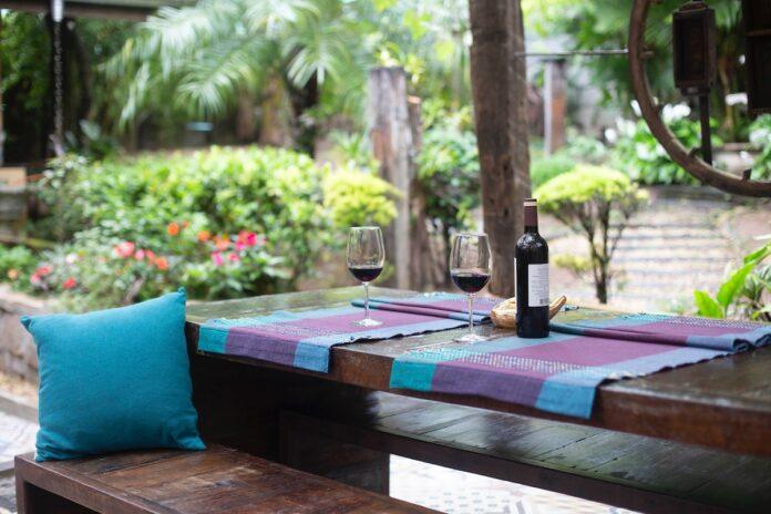 Terrassen in Suriname mogen vanaf morgen open