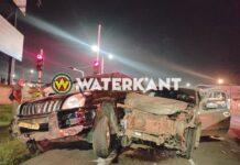 Flinke schade aan voertuigen bij aanrijding Jaggernath Lachmonstraat