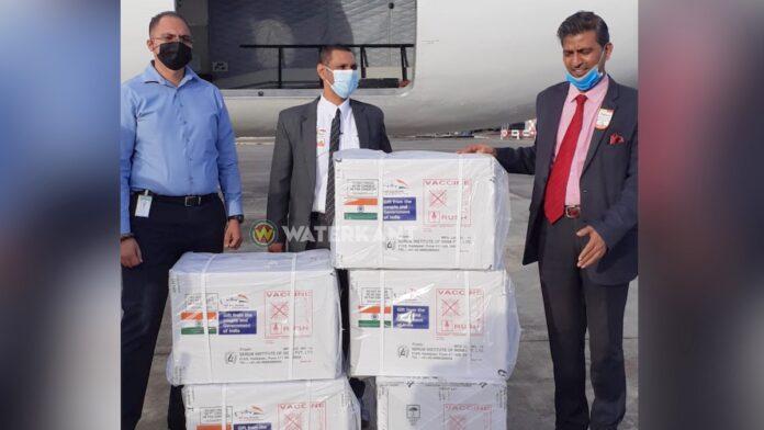 50.000 COVID-19-vaccins uit India aangekomen