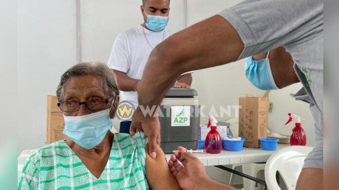 99-jarige is oudste Surinamer die gevaccineerd is tegen COVID-19