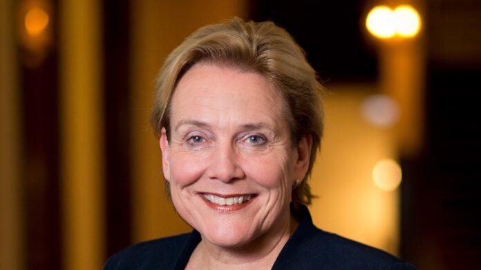 Nederlandse minister van Defensie voor overleg naar Suriname