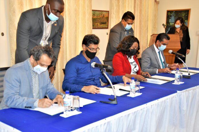 Memorandum van overeenstemming niertransplantatieprogramma ondertekend