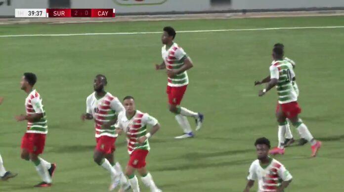 Suriname wint historische wedstrijd tegen Cayman Islands met 3-0