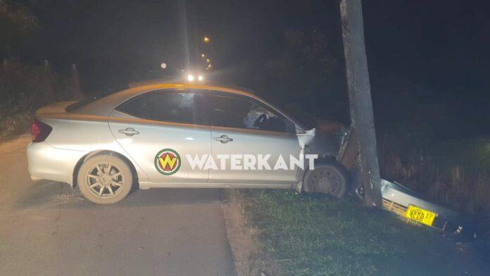 Dronken automobilist rijdt EBS stroompaal kapot