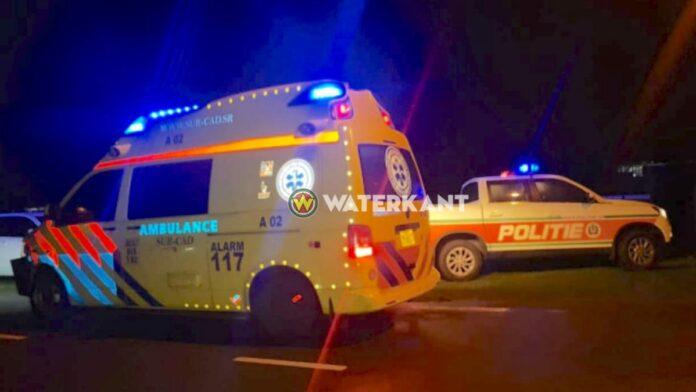 politie-ambulance-in-de-avond-op-plaats-delict