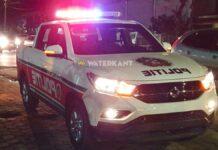 politie-avond-op-plaats-delict-zwaailicht-aan