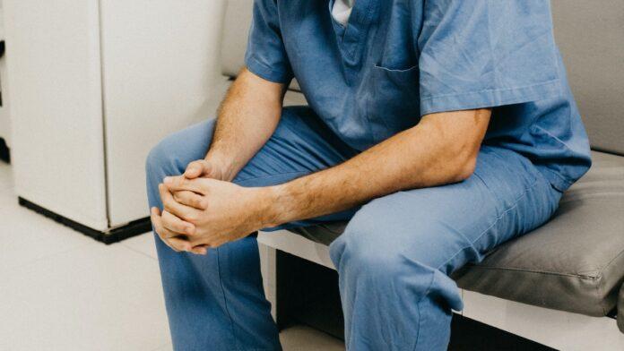 Ziekenverzorger aangehouden voor mishandeling patiënt