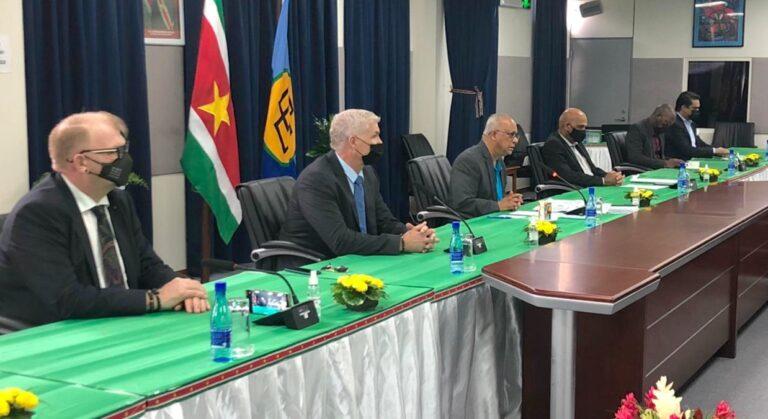 Overeenkomst met Denen voor bouwen grote waterstofcentrale in Suriname