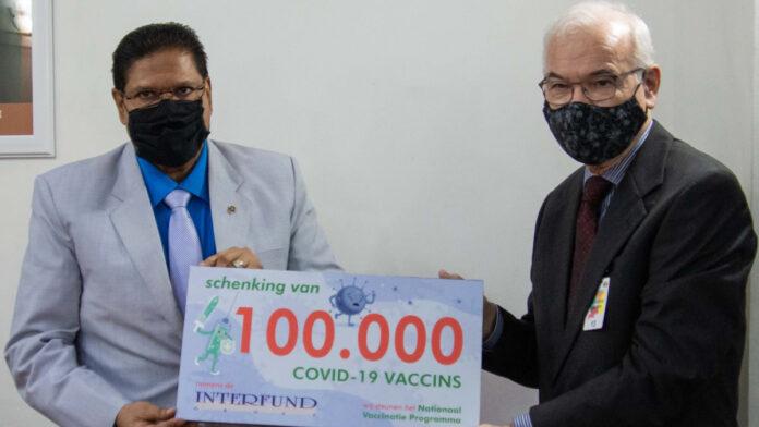 Interfund N.V. doneert 100.000 COVID-19 vaccins voor samenleving