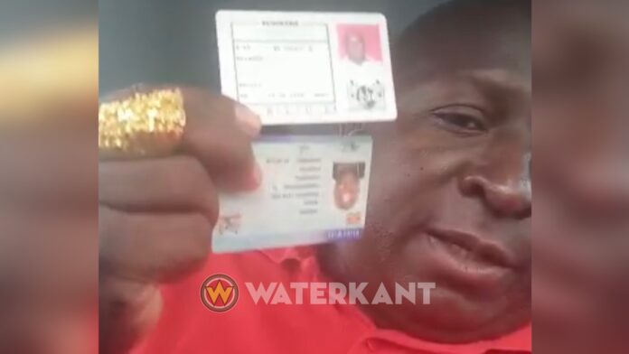 VIDEO: Bennie Miranda heeft ID en rijbewijs terug