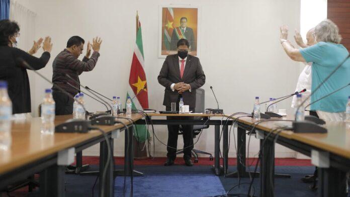 geestelijk leiders de Surinaamse president