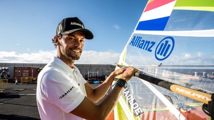 Windsurfer Kiran Badloe voor derde keer op rij wereldkampioen