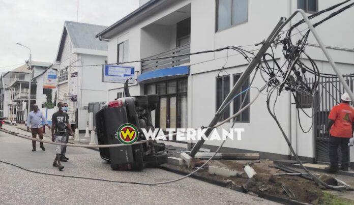 Flinke schade na aanrijding in centrum Paramaribo