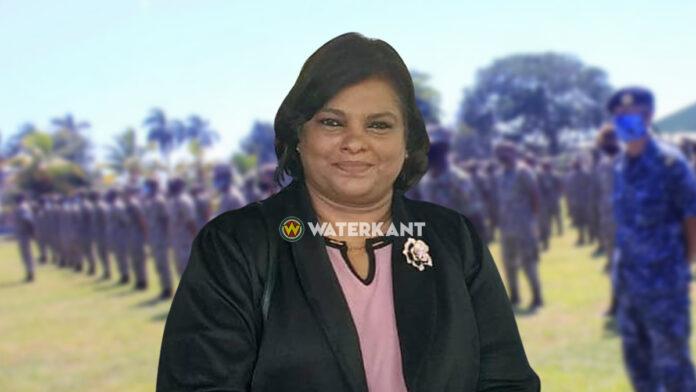De minister van Defensie in Suriname: Krishna Mathoera