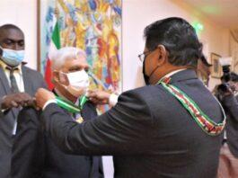 Onderscheiding voor vertrekkende procureur-generaal